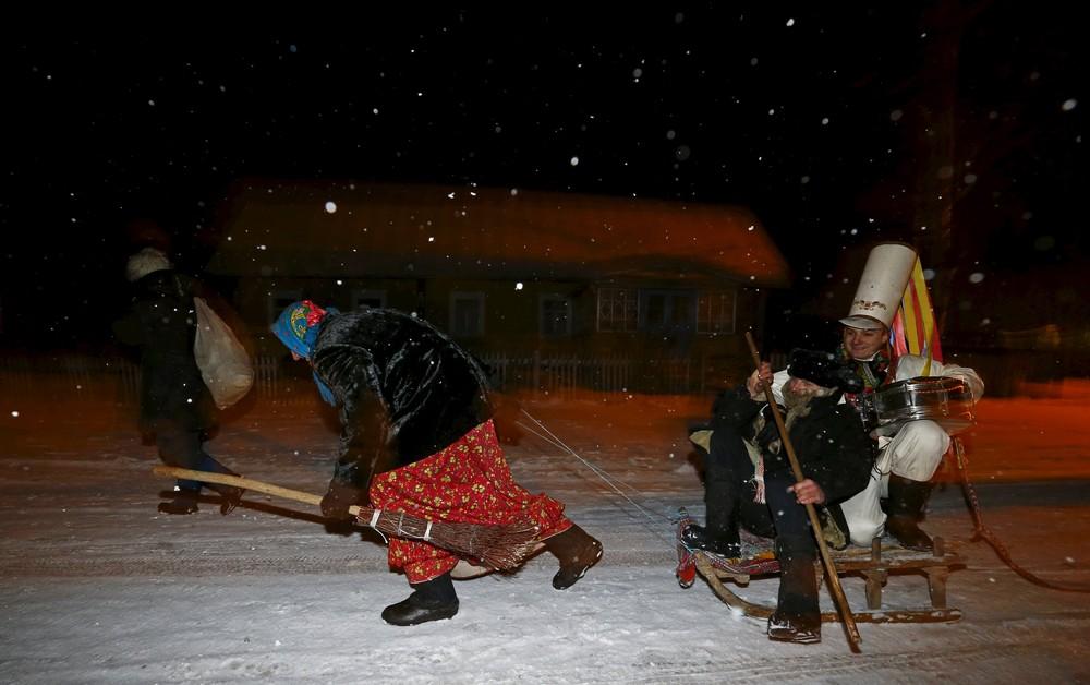 Колядные гуляния в деревне Семежево