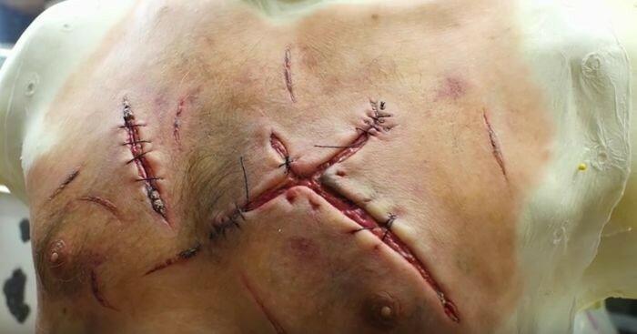 Жуткие раны от медвежьих когтей на теле Леонардо Ди Каприо