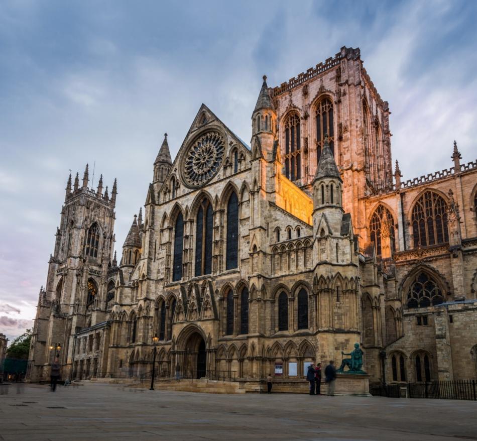©Lev Tsimbler Йорк является одним изкрасивейших истаринных городов Англии. Там есть все, что должн
