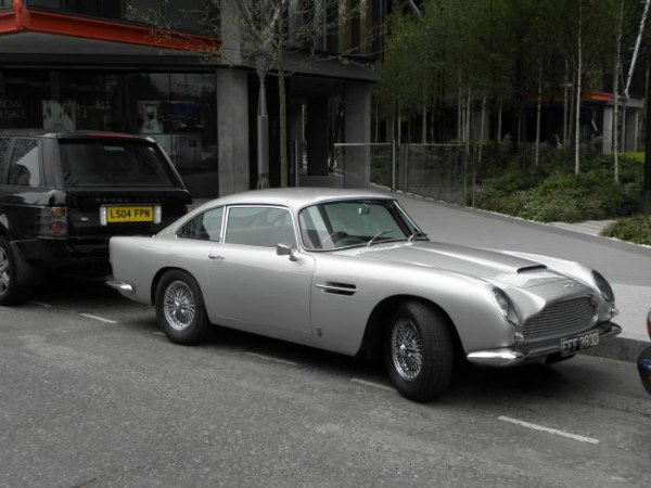Красота и стиль в автомобилях от классики до современности