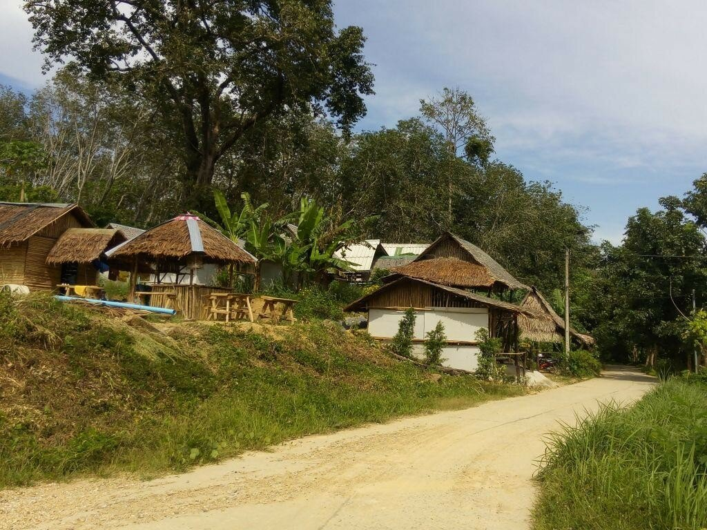 фото Ко Мук по дороге в местную деревню.
