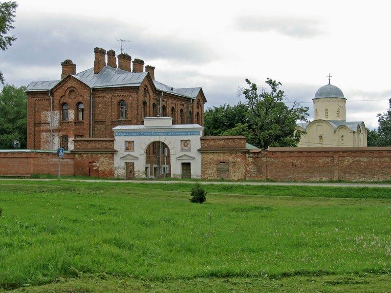 Панорама Успенского монастыря