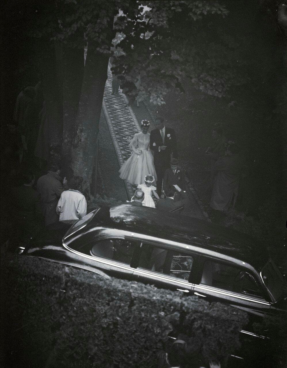 Свадьба Одри Хепберн и Мела Феррера в часовне на Бюргенштоке