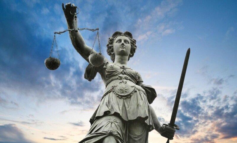 Нема у світі справедливості (інтернет нотатки)