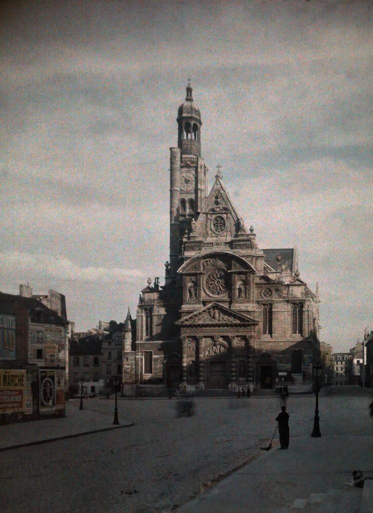 Церковь Сент-Этьен-дю-Мон.