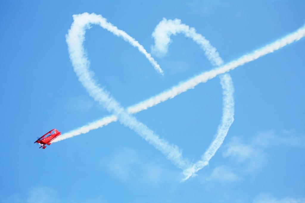 heart-wallpaper_1342307089.jpg