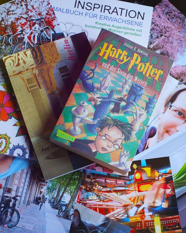 Книги и фото