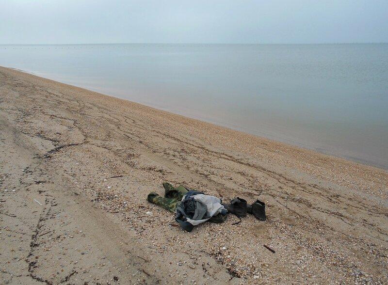 На берегу, у моря в марте ... DSCN4399.JPG