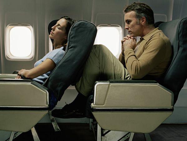 Лайфхак. Самые неудобные места в самолете и как на них не попасть