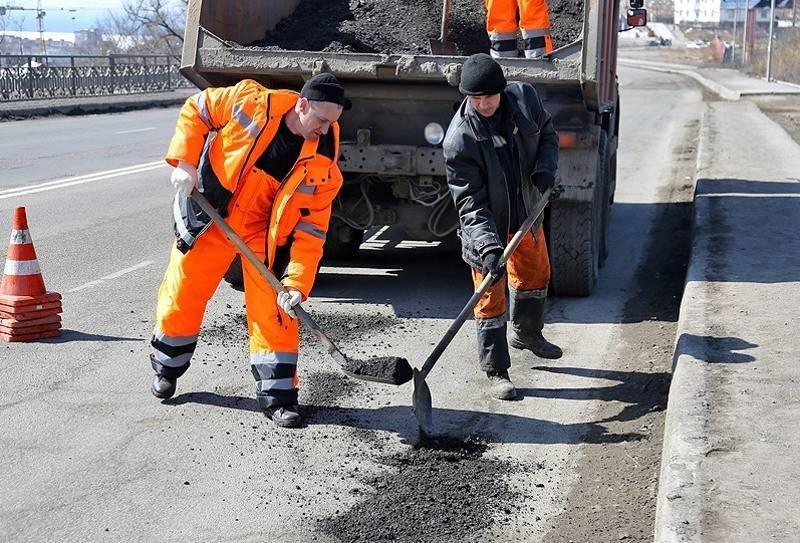 """Нужно запретить на законодательном уровне понятия """"ЛНР"""" и """"ДНР"""", - нардеп Лапин"""