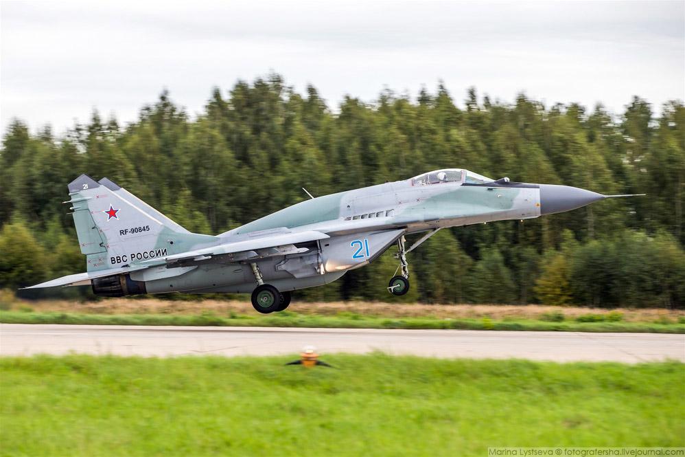 14. Истребитель-бомбардировщик Су-34.