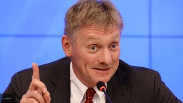 Песков: РФ не пробует вынести наповестку дня отмену санкций