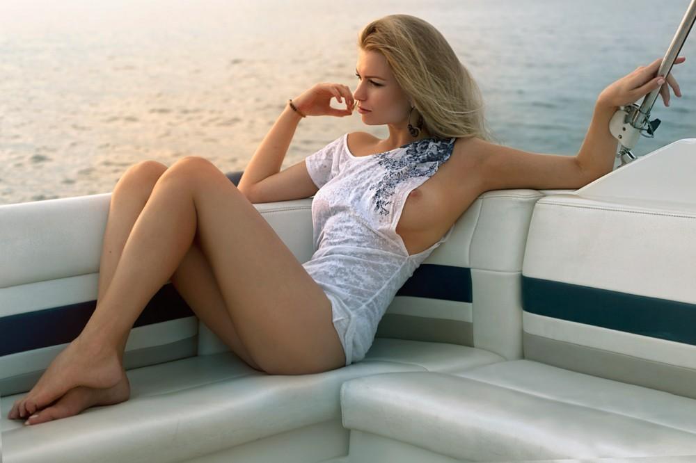 фото красивых девушек с яхтами #3