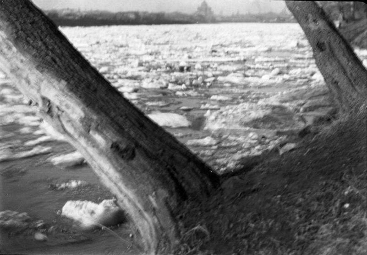 Москва. Ледоход на Москве-реке 1928