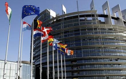 Комитет Европарламента сегодня обсудит отмену виз для украинцев, но голосовать будет в октябре, - евродепутат Бони