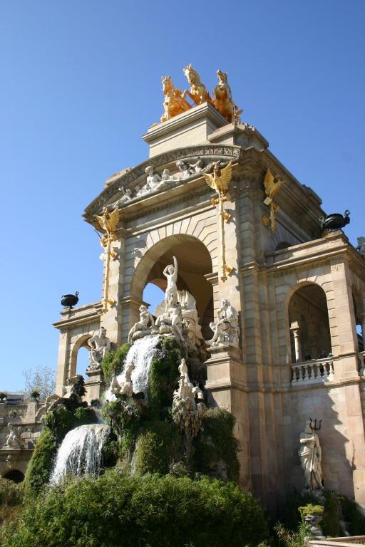 """фонтан """"Каскад"""" в парке Цитадели в Барселоне"""