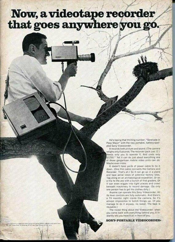 Реклама портативной камеры sony