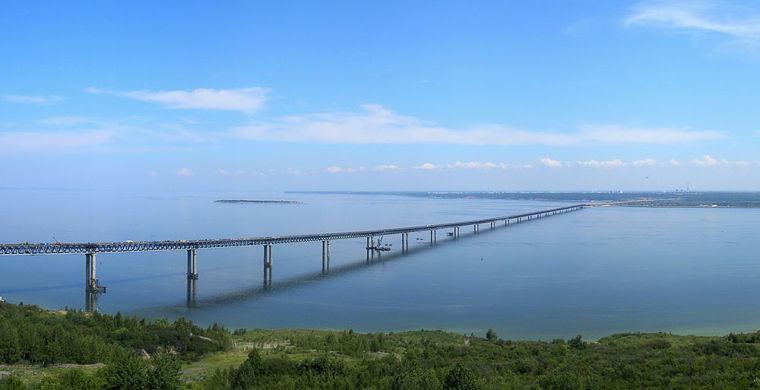 9. Президентский мост, Ульяновск В Ульяновске построен Президентский мост, считающийся одним из самы