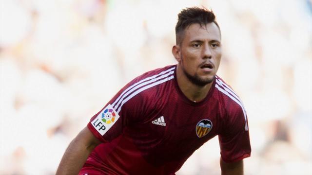 Marca: Барселона ведет переговоры потрансферу Диего Алвеса