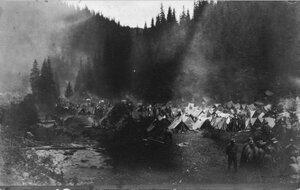 1915. Военный лагерь