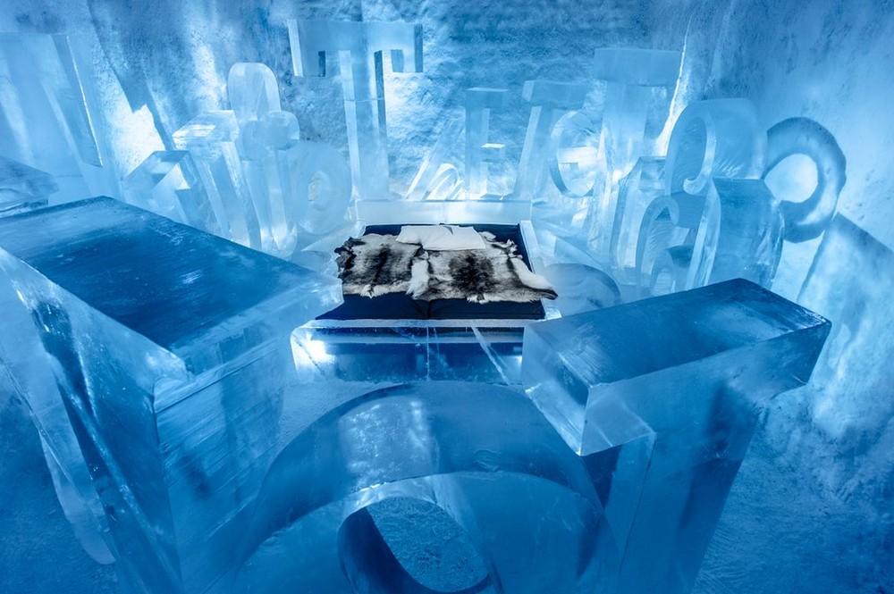 Первый в мире постоянно действующий ледяной отель