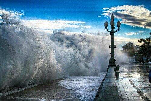 ВКрыму объявлено штормовое предупреждение на17