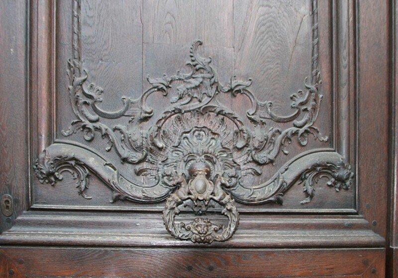 Страсбург. Дворец Рогана (Palais Rohan). Резная дверь