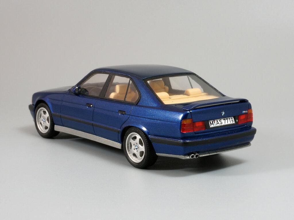 BMW_M5_E34_04.jpg