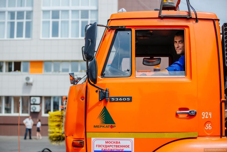 5. По словам руководителя предприятия Орешкина Александра Станиславовича, в учреждении работает окол