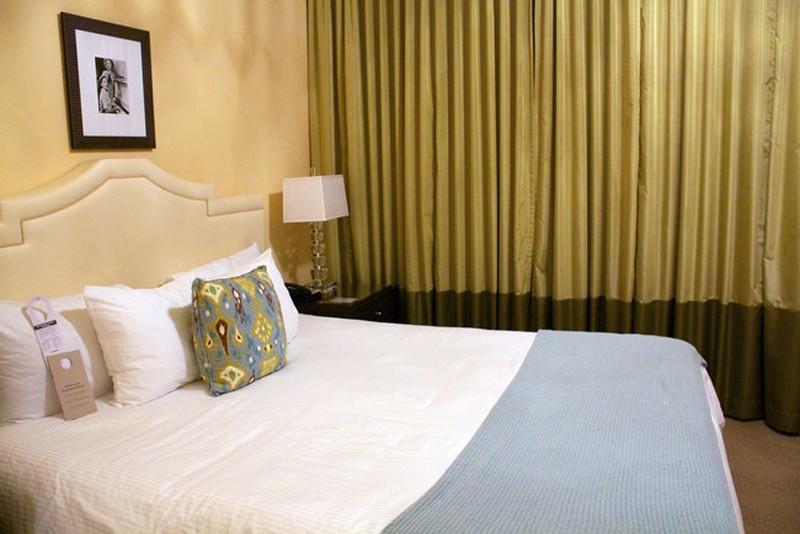 4. Смените обстановку в спальне У вас неудобное постельное белье? Отвратительный матрас? Неудивитель