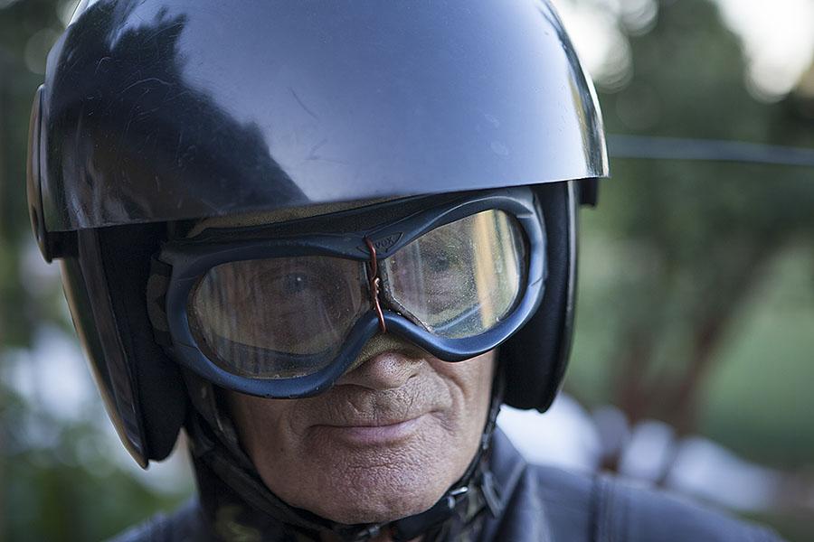 Конечно, доработке подверглись и мотоциклетные очки.