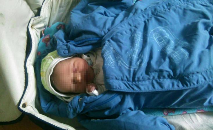 ВКиеве мать бросила малыша ввагоне электрички