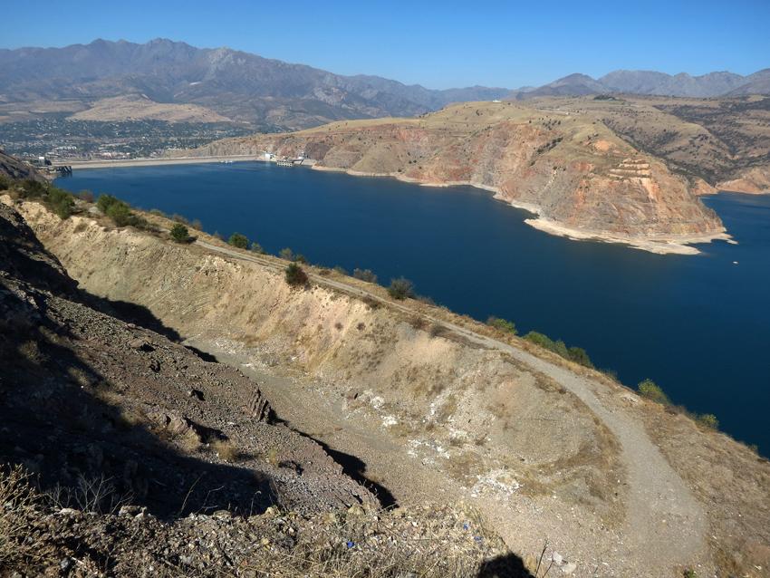 чаткальское водохранилище фото имеют сходный