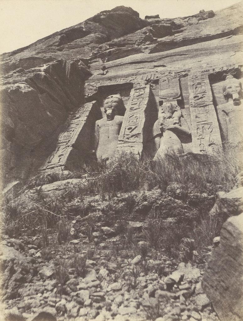 Абу-Симбел. Левая часть фасада храма Хатхор