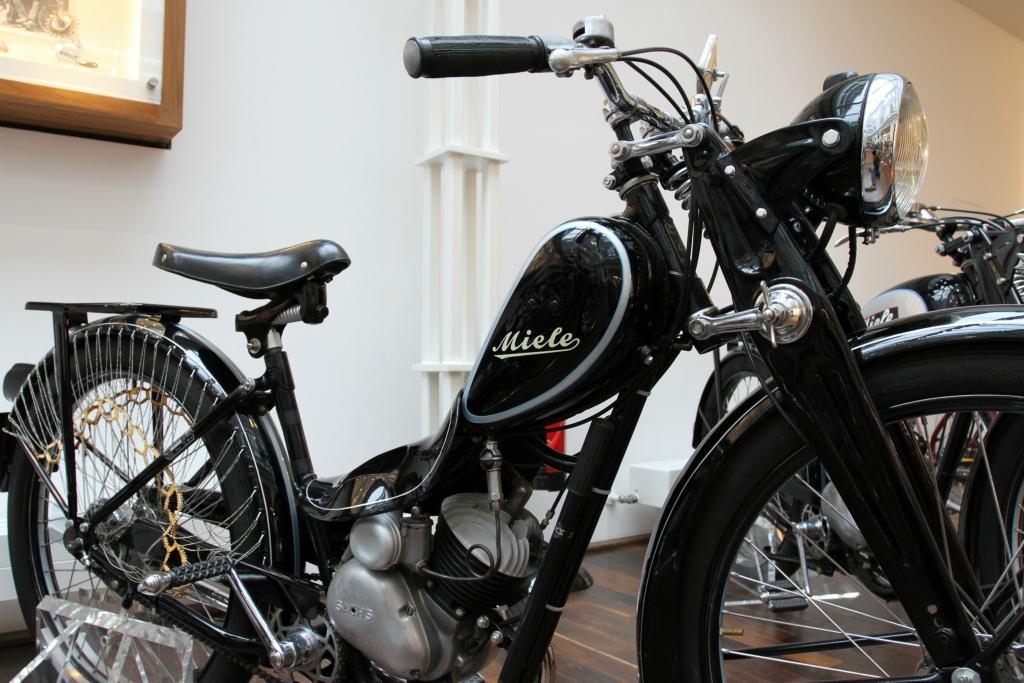 Damen-Motorfahrrad Klasse 20