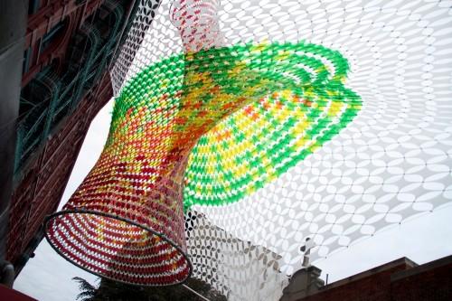 Инсталляция Xtra Moenia для фестиваля San Gennaro Festival в Нью-Йорке