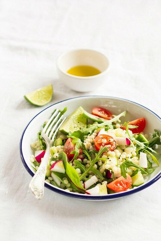 салат с овощами и пастой...