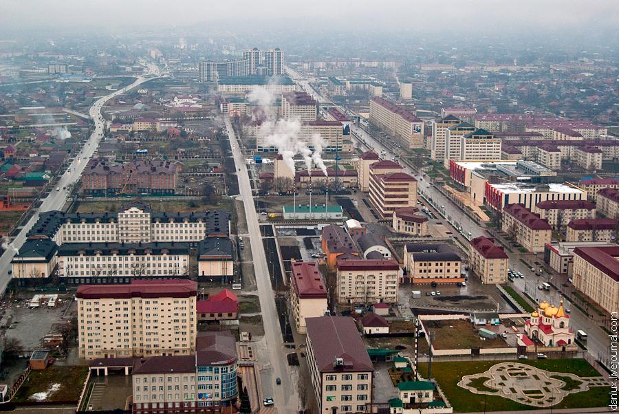 Грозный-Сити. Выше крыши. Фото Чечня 2012