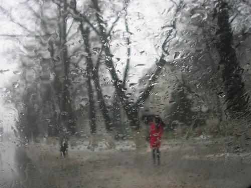 А за окном то дождь