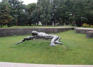 Хмельницкий (он же Проскуров). Прогулка среди монументов