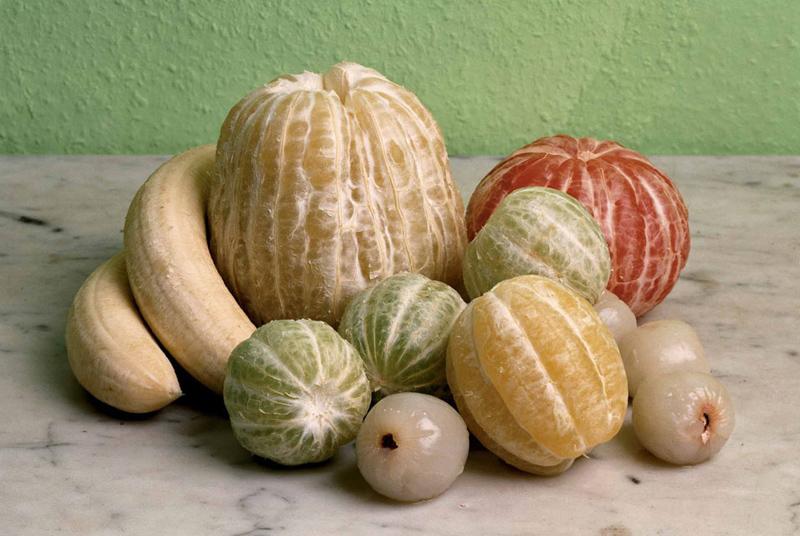 Фото дня: Голые фрукты