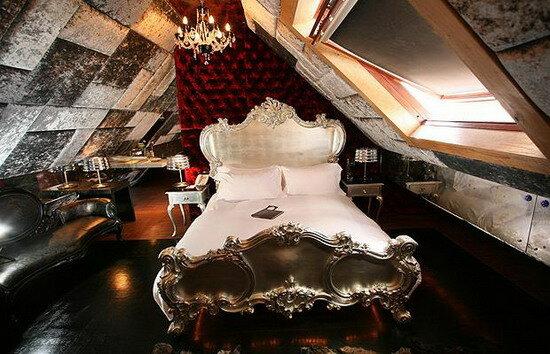 Отель Crazy Bear. Великобритания