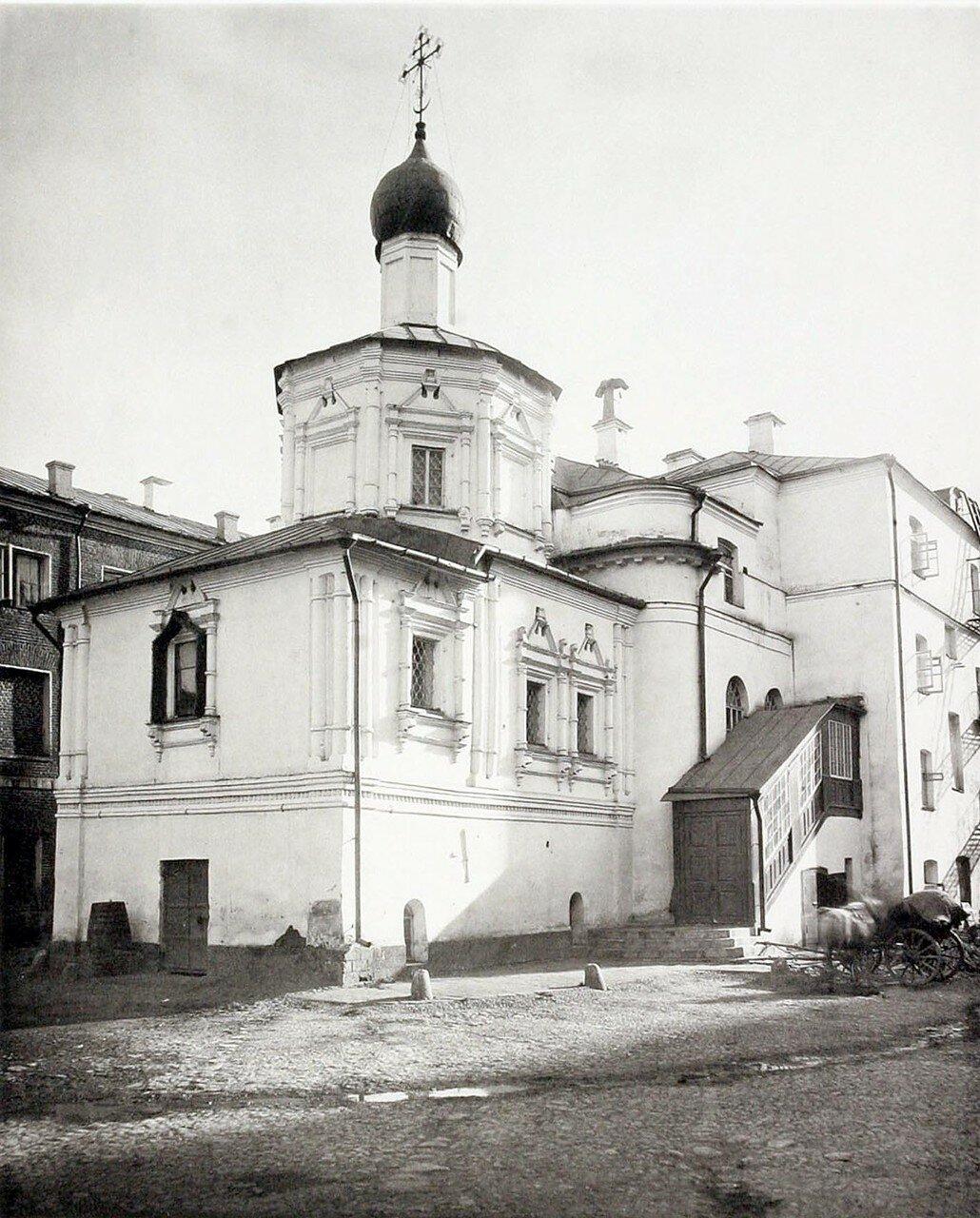 390. Церковь Успения Пресвятой Богородицы на Чижовском подворье