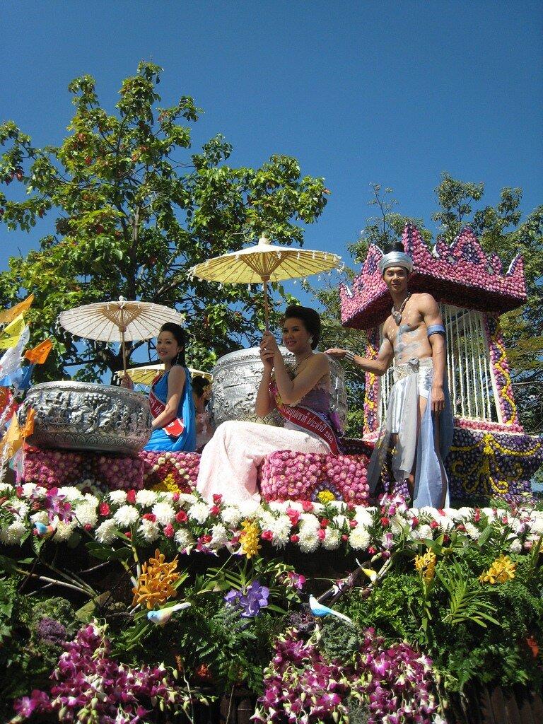Фестиваль цветов в Тайланде! 0_6d963_f5d06071_XXL