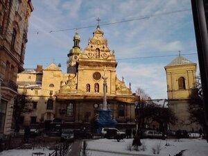 Средневековые здания. Один день во Львове 20 дек 2010