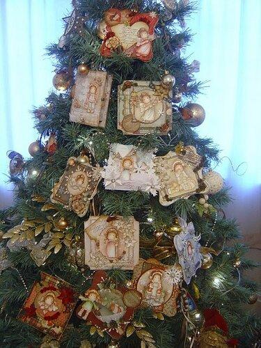 Новогодняя ёлка с открытками