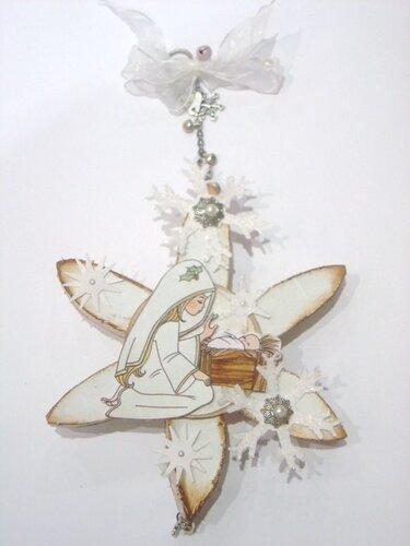 Звезда из картонных трубочек