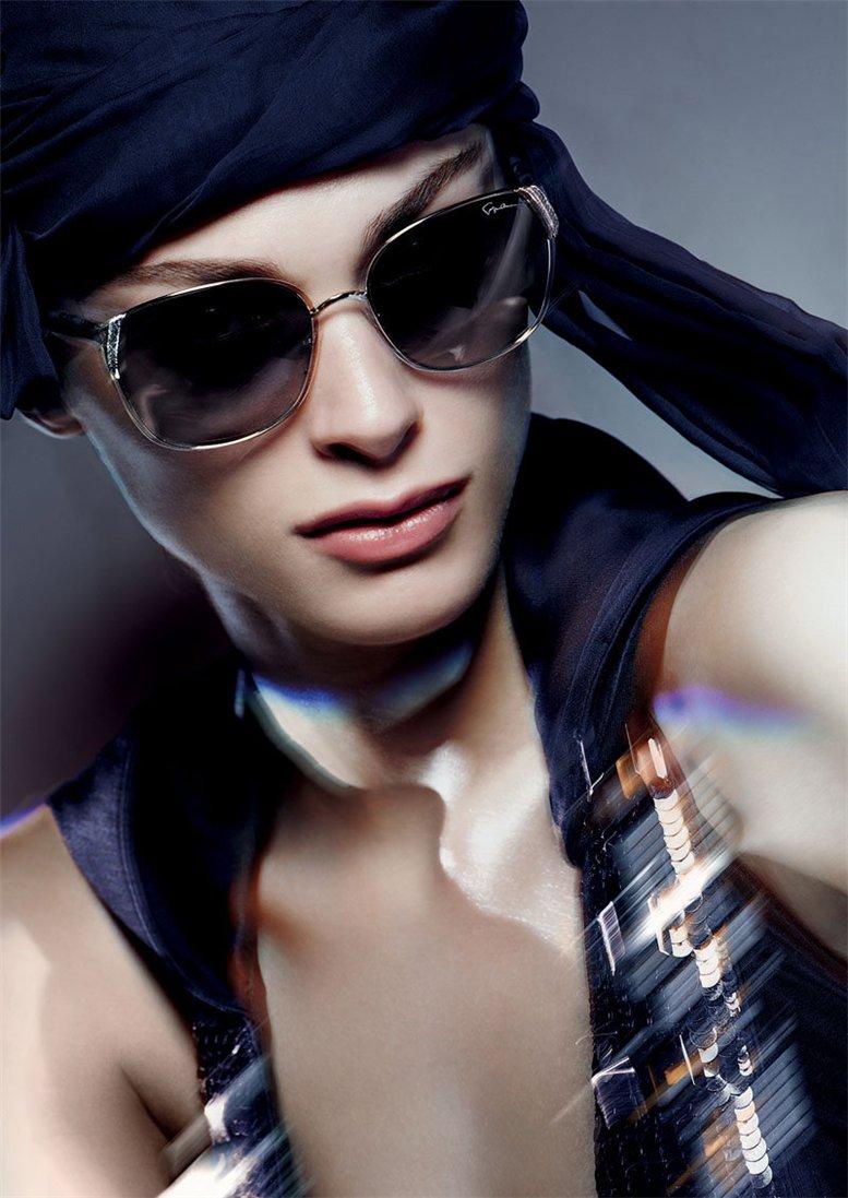 модель Элиза Седнауи / Elisa Sednaoui, фотограф Nick Knight