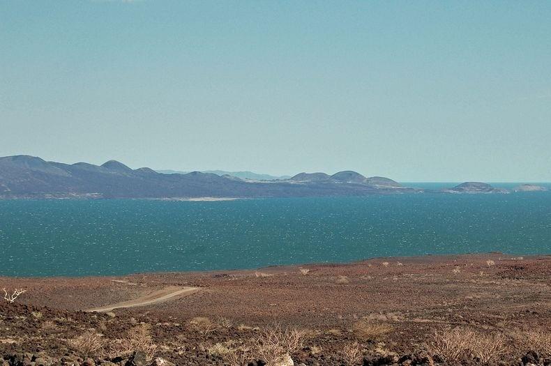 Туркана, самое большое озеро в пустыне