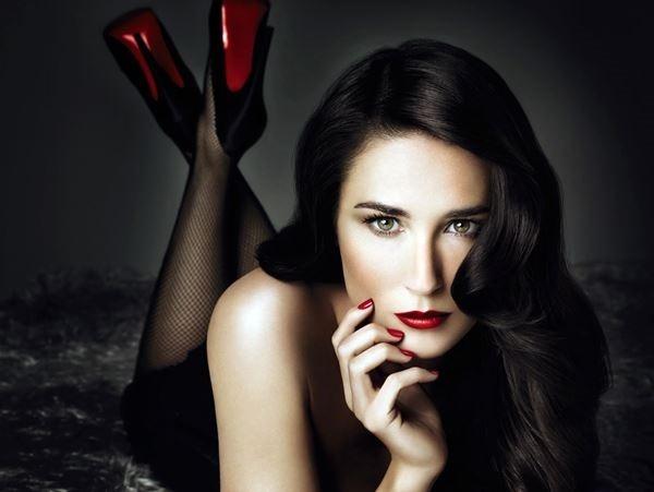 Акценты Деми Мур. Прическа и макияж актрисы глазами экспертов